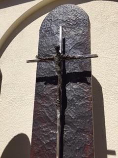 Sculpture by artist Scott Lampitt.